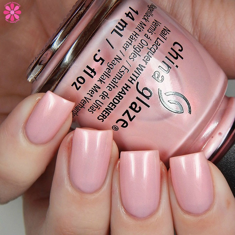 china-glaze-seas-and-greetings-holiday-2016-collection-eat-pink-be-merry-up