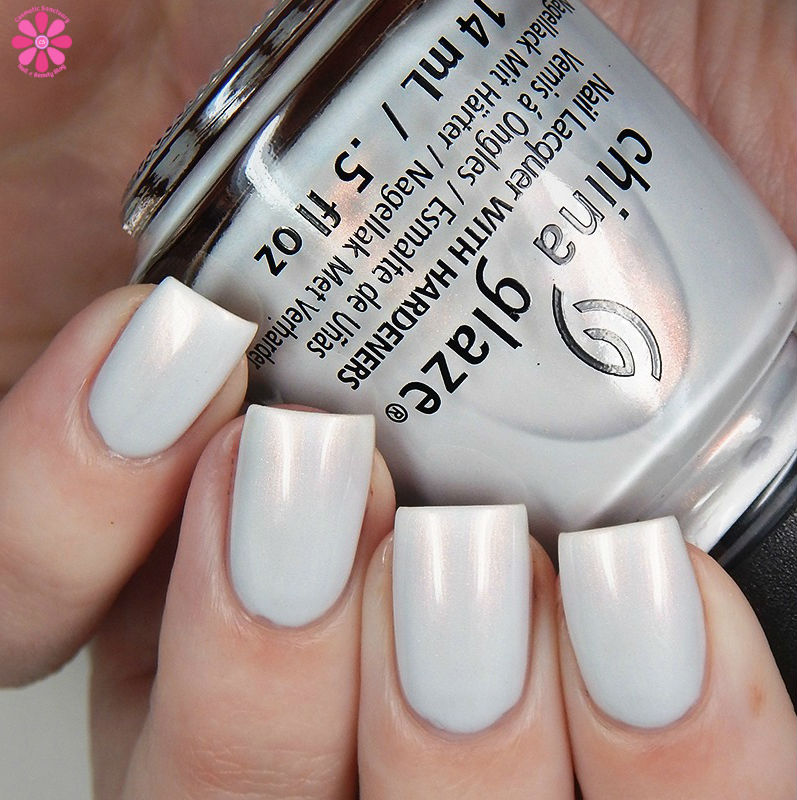 china-glaze-seas-and-greetings-holiday-2016-collection-snow-way-up