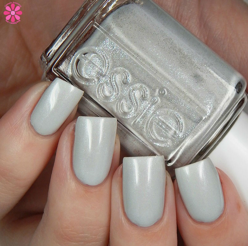 essie-winter-2016-collection-go-with-the-flowy-up