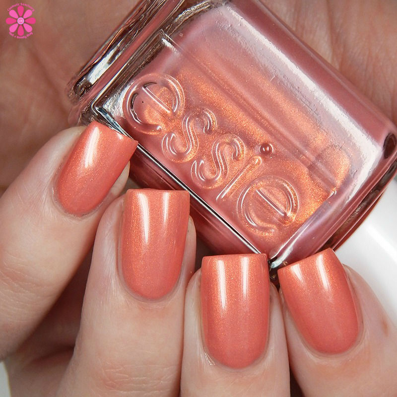 essie-winter-2016-collection-oh-behave-up