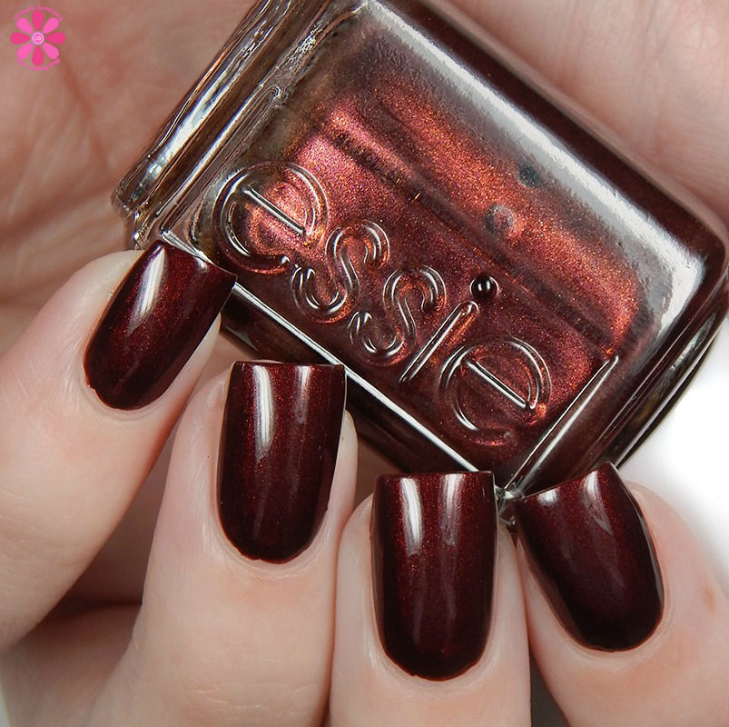 essie-winter-2016-collection-ready-to-boa-up