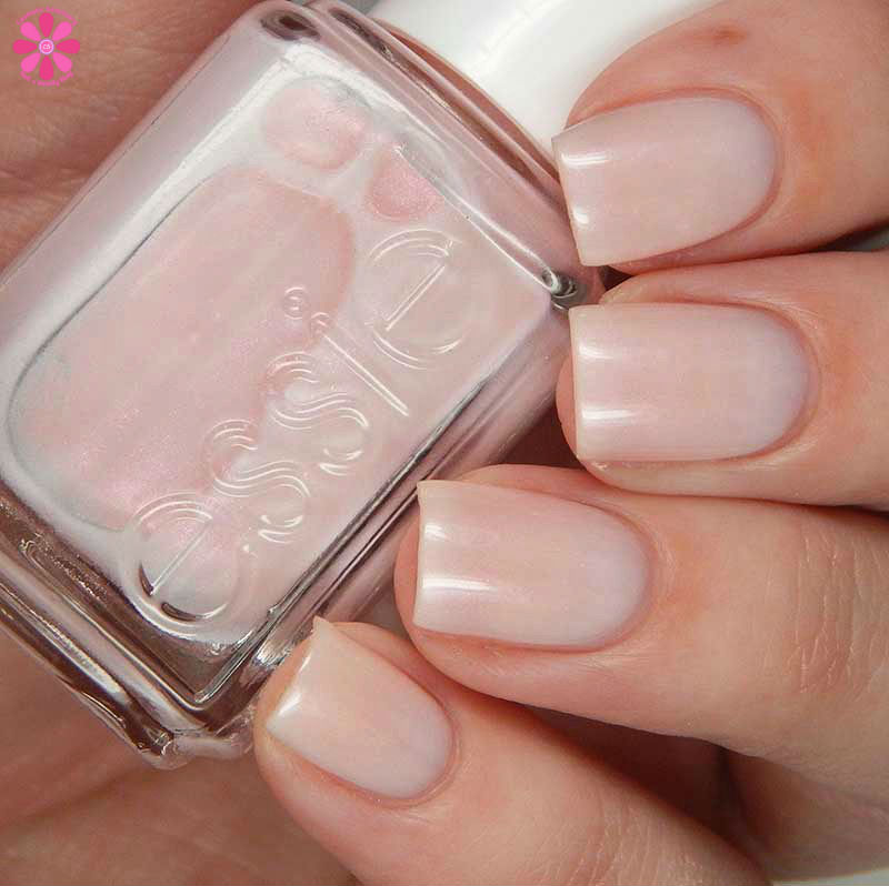 Essie Treat Love Color Swatches Nail Care