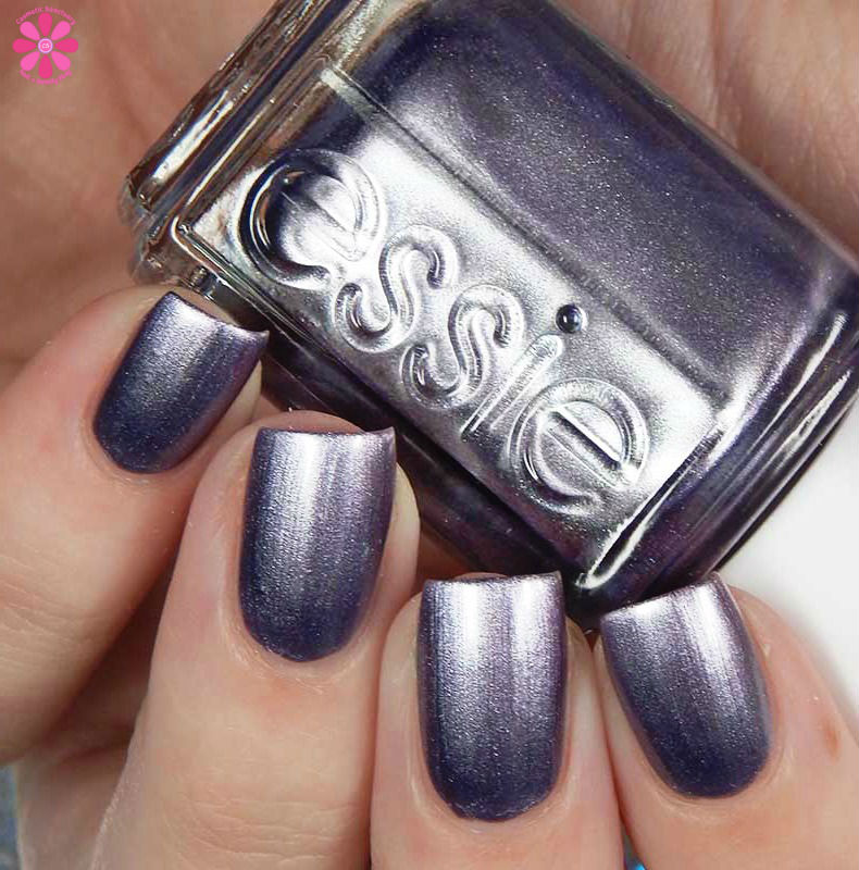 Essie Fall 2017 Collection Swatches and Review