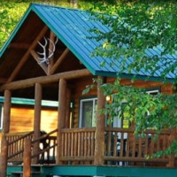 Glacier Raft and Outdoor Center Cabins in Western Montana.