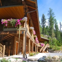 Glacier Guides Lodge in Western Montana.