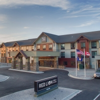 Red Lion Ridgewater Inn & Suites Polson in Western Montana.