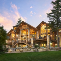 Enjoy Montana Vacation Rentals in Western Montana.