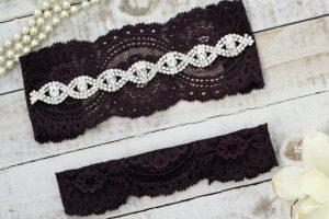 Plumb wedding garter