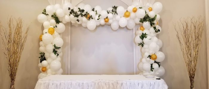 Balloon Arches and Balloon Decor