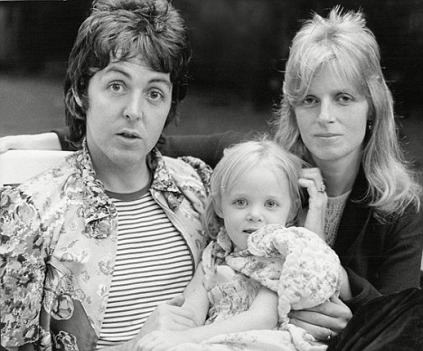 Stella McCartney Wiki: Fashion Designer, Net Worth, Linda McCartney