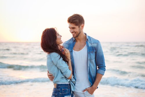 10 Unmistakable Signs She Wants A Relationship With You