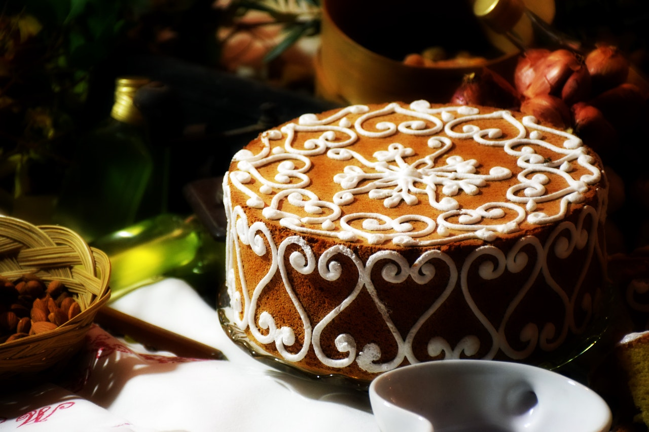 Everyone Loves Cake And Deserves A On Their Birthday Choose Your Boyfriends Favorite Local Bakery Order Get Delivered At His