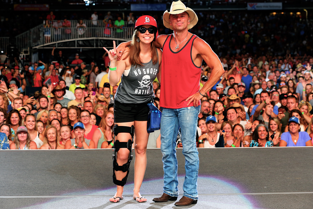 Everything You Need To Know About Kenny Chesney Wife