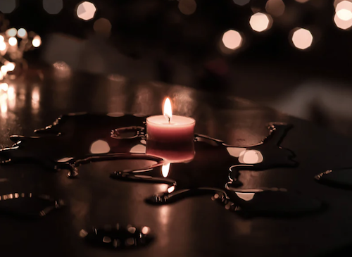 Wax Play: 7 reasons why you should use candles during sex