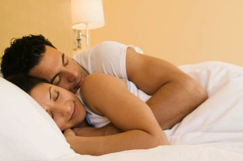 How To Turn A Guy On In Bed - The Ultimate Step By Step Guide