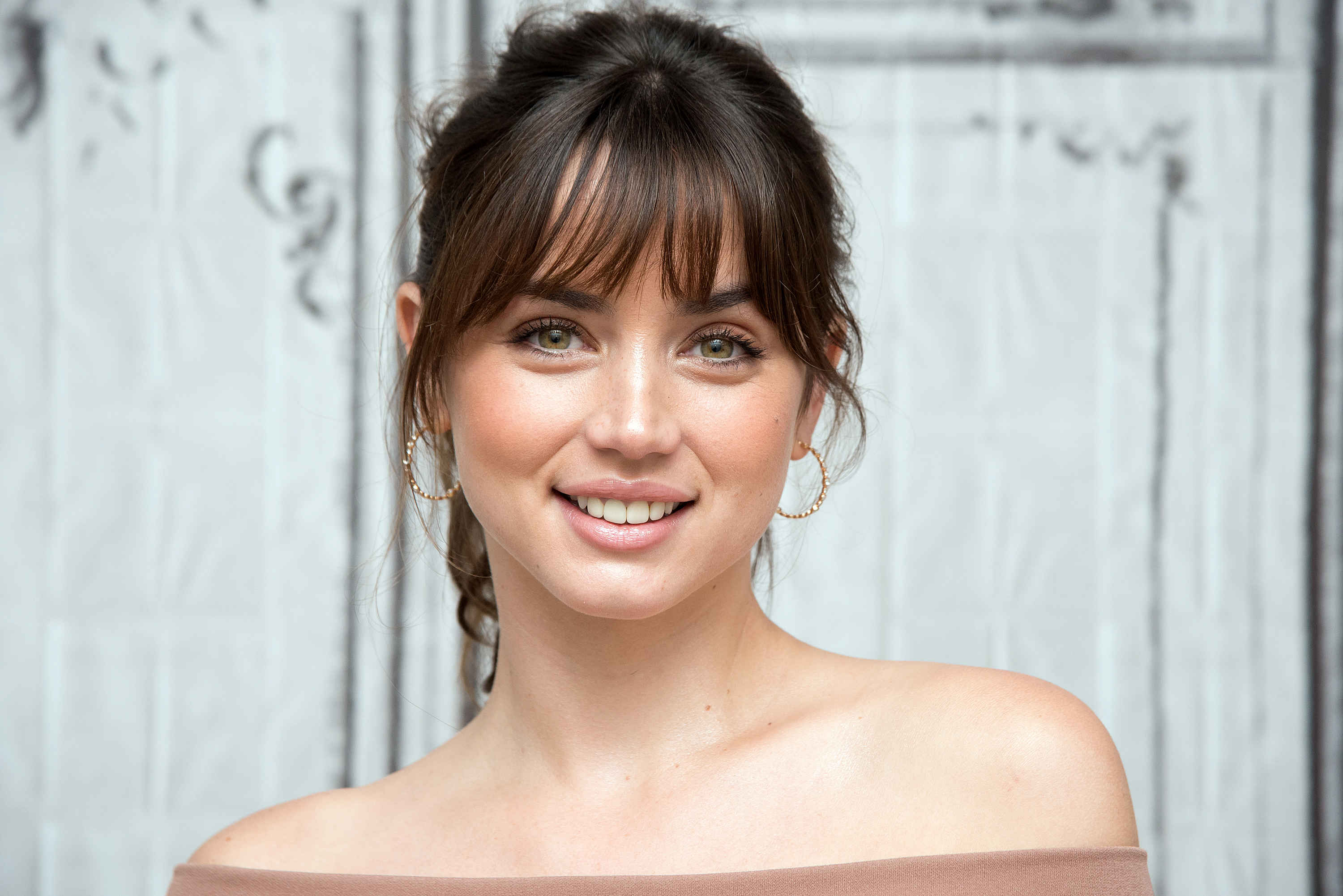 Top 5 Facts About Ana de Armas You Should Be Aware Of