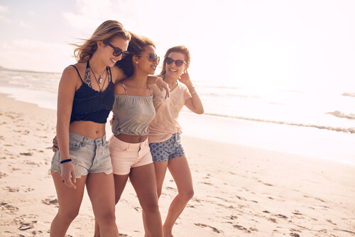 15 Golden Rules To Live By If You Want An Unbreakable Friendship