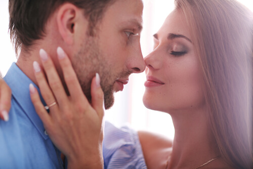 Little Red Picture Book: 40 Best Foreplay Tips He'll Love