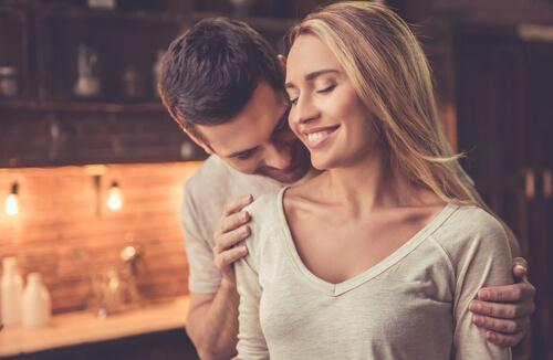 female-dominant-threesome-sex