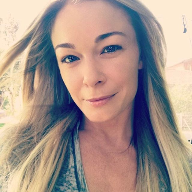 LeAnn Rimes Wiki: Net Worth, Instagram & Facts About Eddie Cibrian's Wife
