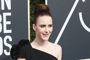 Rachel Brosnahan: 10 Hot Instagram Pics You Need To See