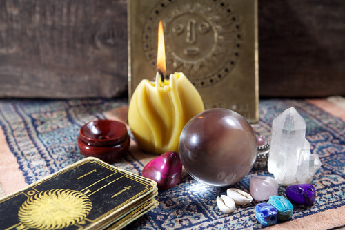 10 Secret Black Magic Spells To Make Someone Love You