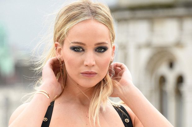 The Hunger Games' Jennifer Lawrence: 10 Hot Instagram Pics You Need To See