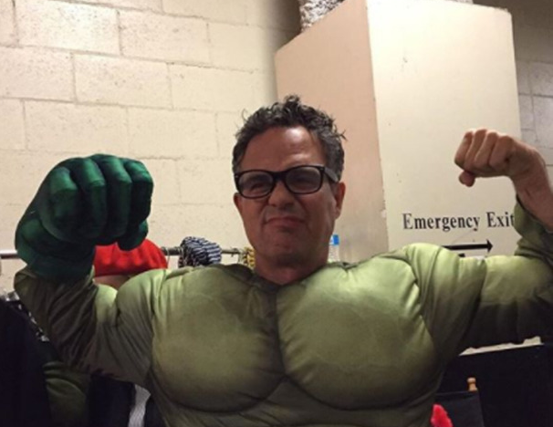 Mark Ruffalo Wiki: 5 Facts To Know About The 'Thor: Ragnarok' Actor
