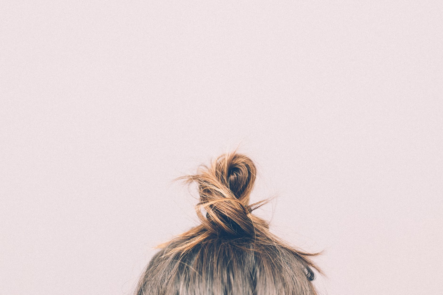 Top 15 Easy Cute & Messy Hair Bun Ideas You Must Try