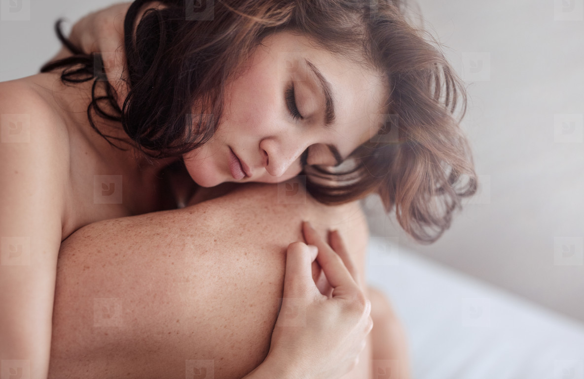 10 Signs He Actually Enjoys Making Love To You
