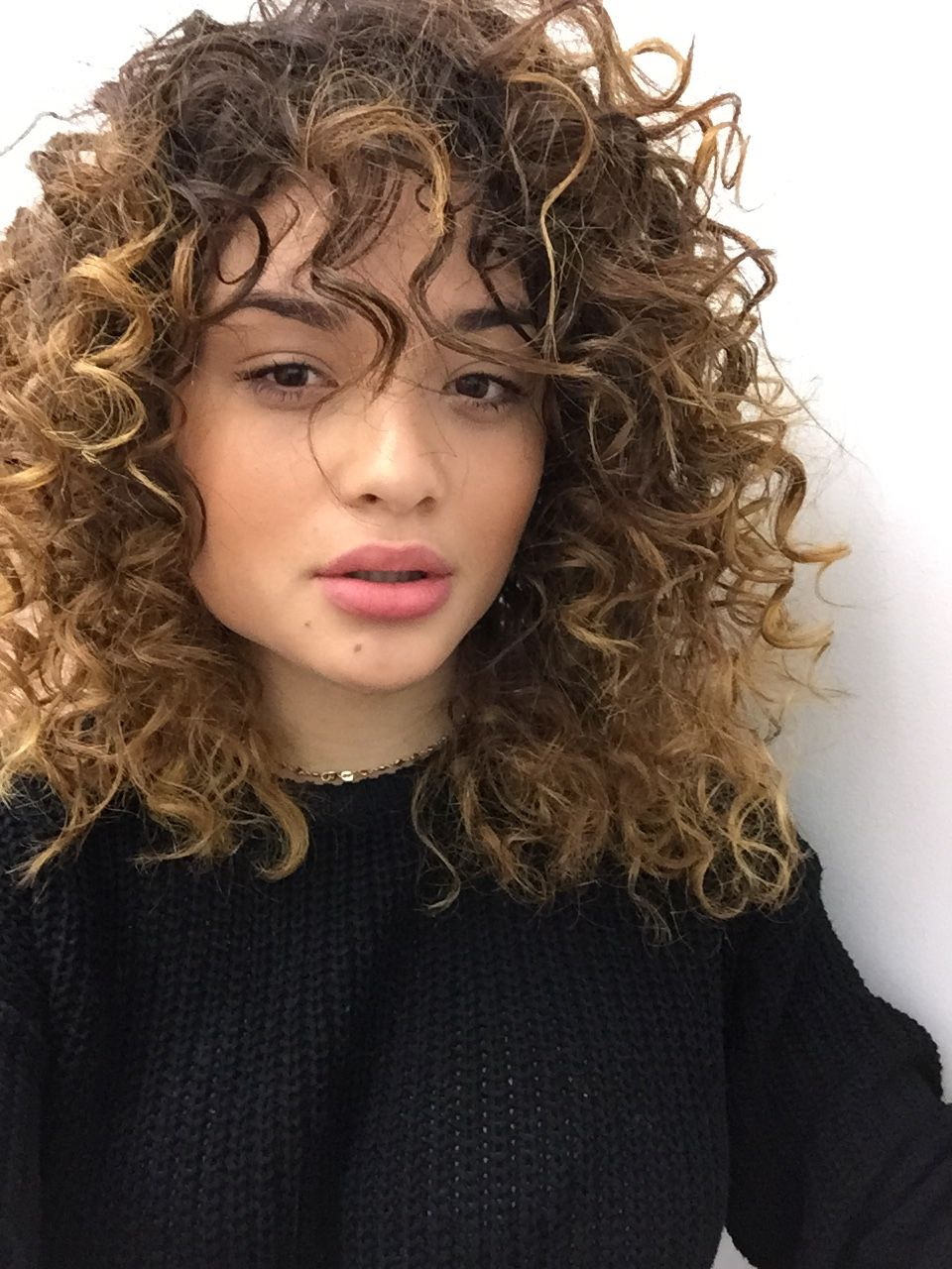 50 Cute Trendy Curly Hairstyles With Bangs In 2018