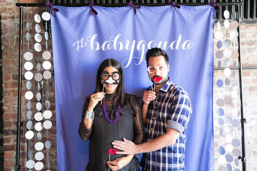 Celebrate Arrival Of Baby In These Modern Coed Baby Shower