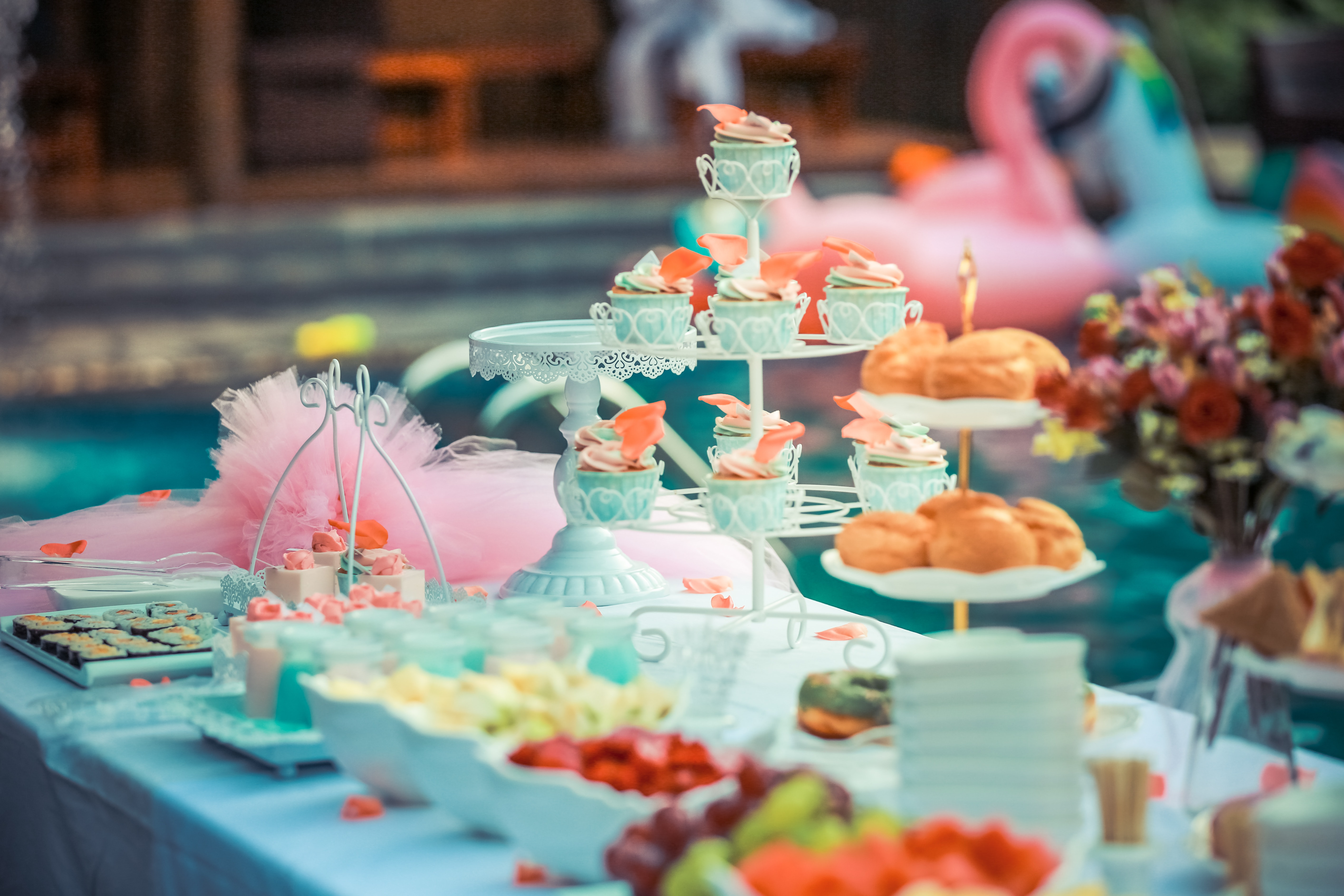 5 Places To Get Your Baby Shower Supplies At A Good Price