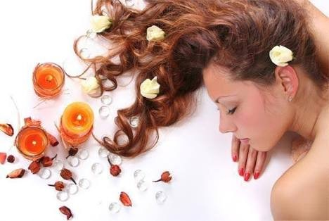 10 Organic Hair Products that are safe to apply on Hair