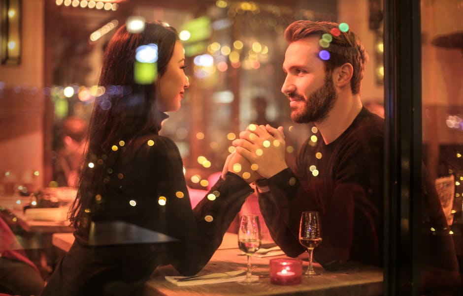 10 Online Dating Tips for successful start in new romance