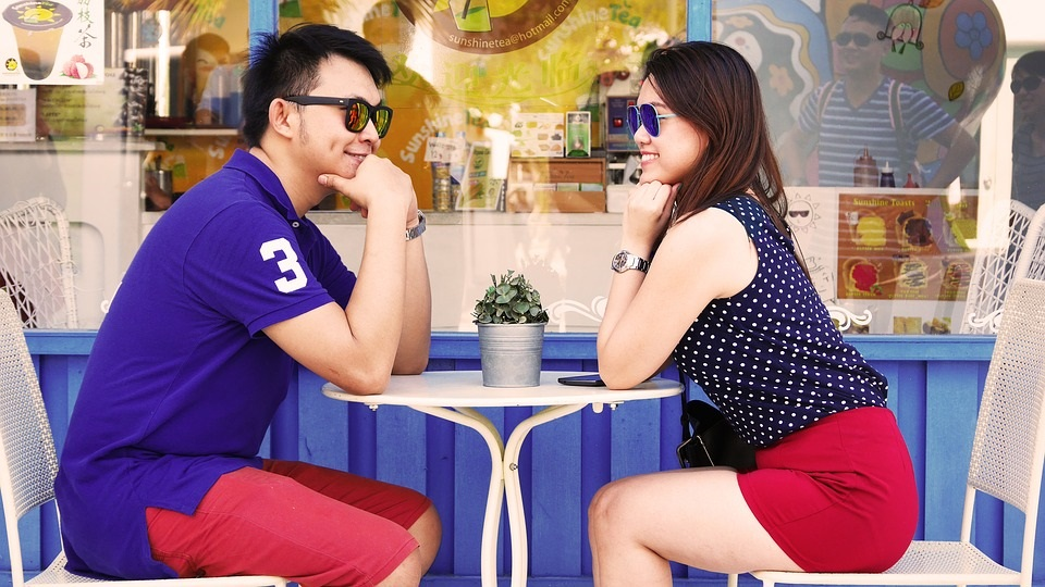 Top 30 Dating Questions for That Mind Boggling First Date