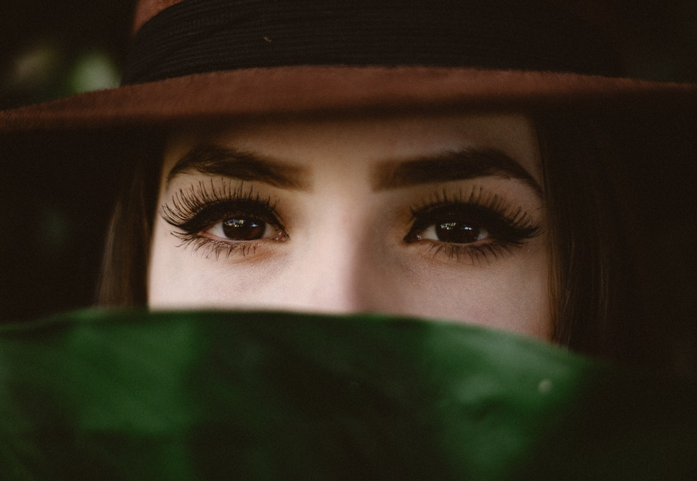 Beauty Tips to Promote and Enhance Eyelash Growth