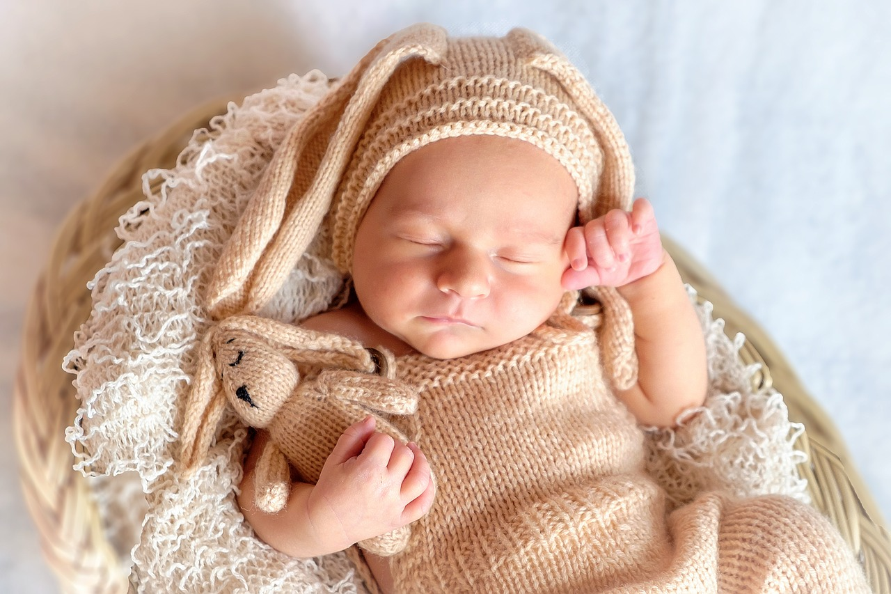 Understanding your baby: How long do newborns sleep