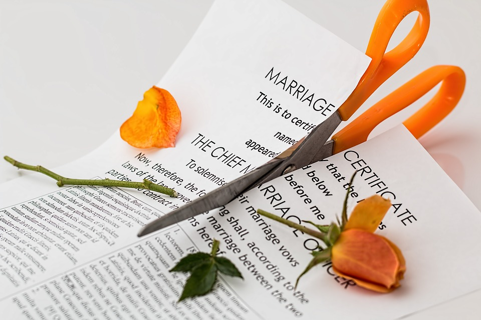 10 Super Common and Real Reasons for Divorce