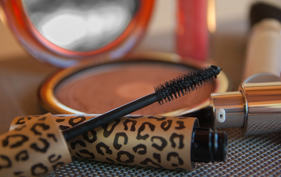8 Tips on Prettifying your Eyes with Mascara Makeup