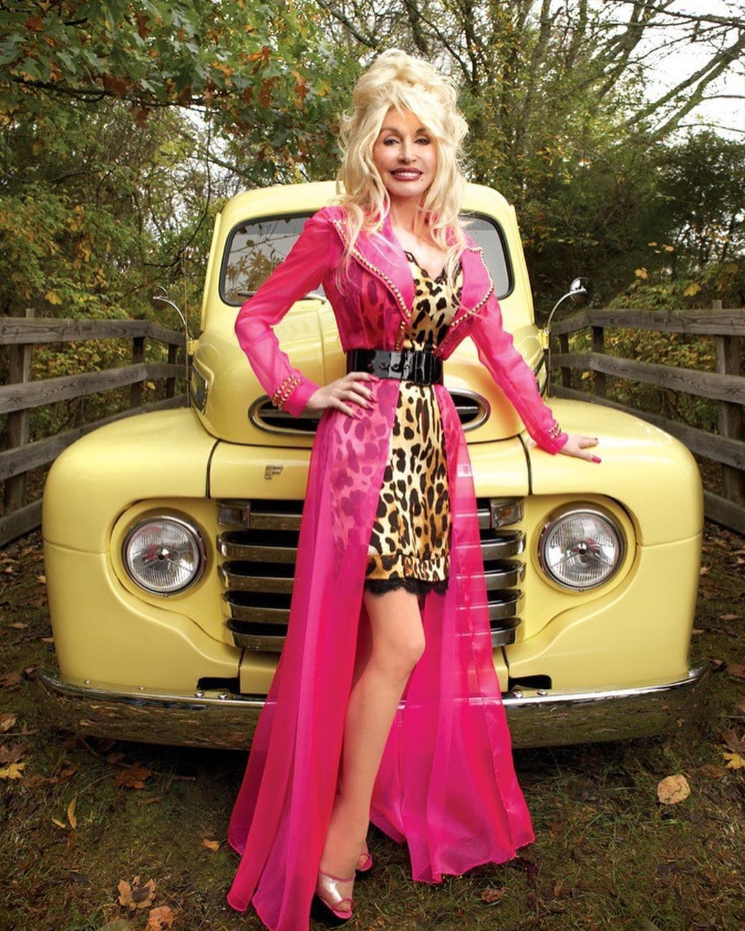 Who is Dolly Parton Married To and her Love Life