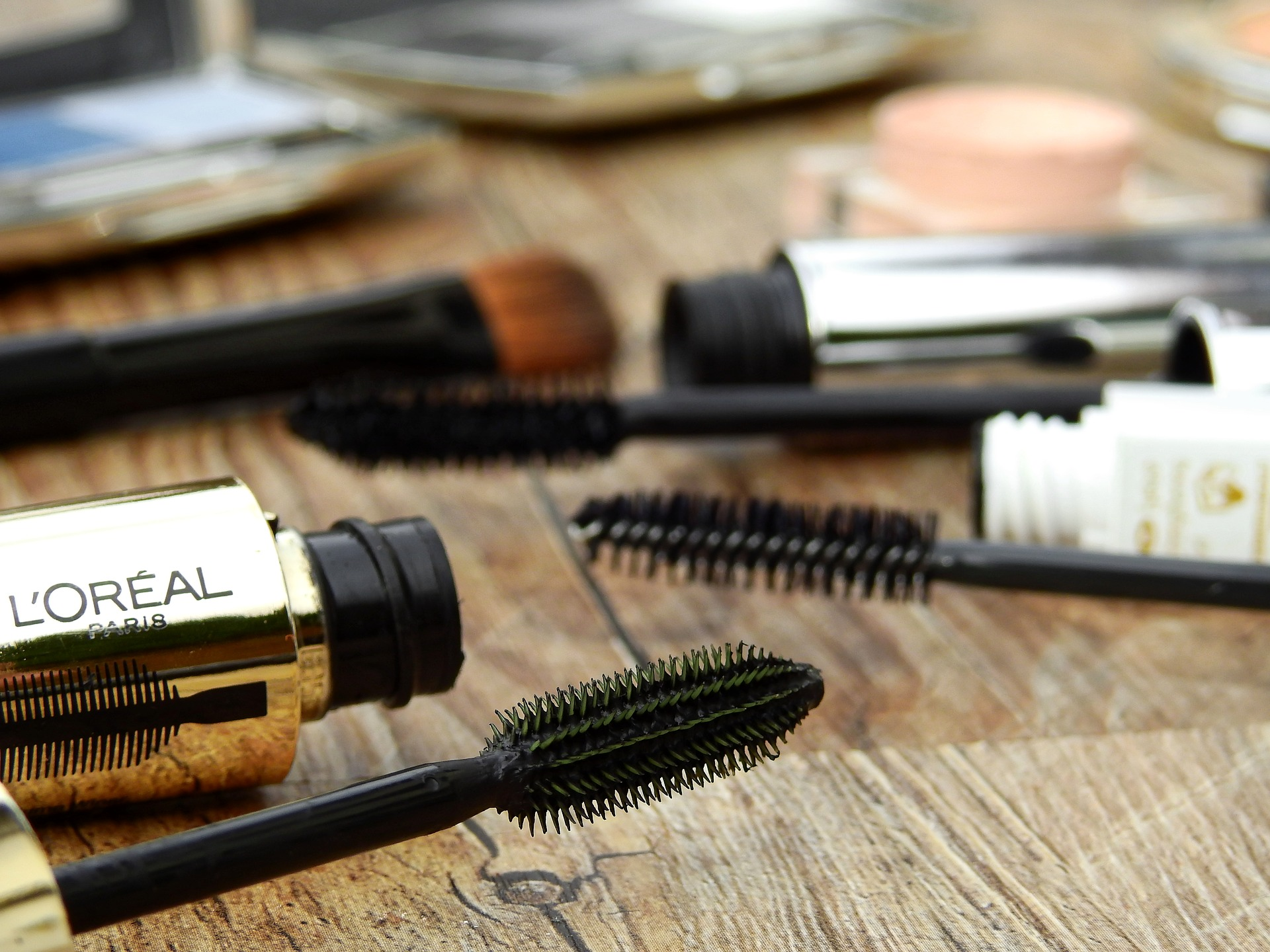 How to care for Mascara Brush In The Right Way After Using