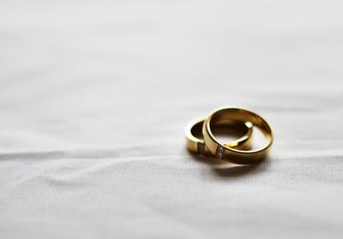 The Right And Wrong Reasons On Why Do People Get Married