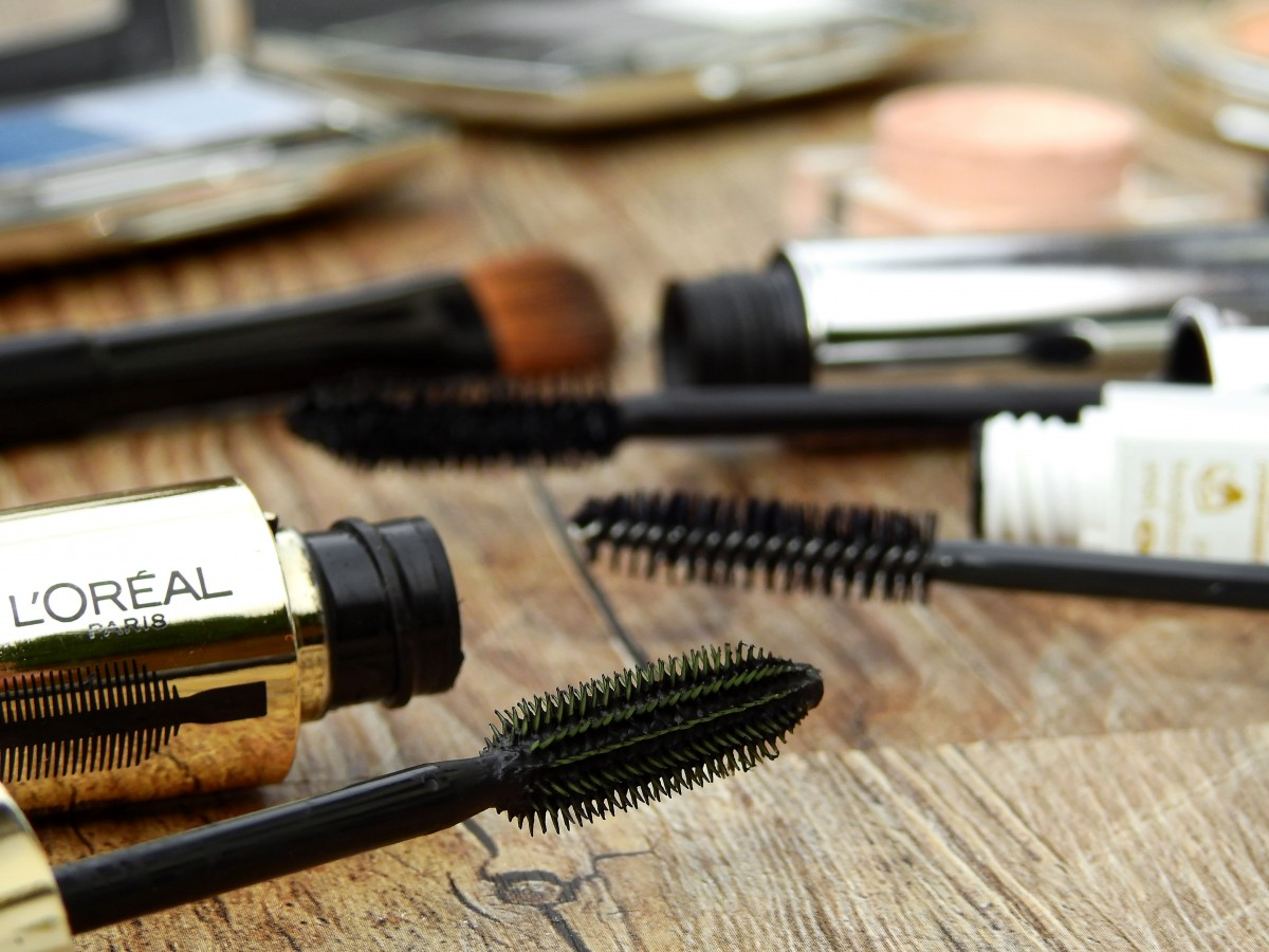 5 Best Fiber Mascara That Can Give You Fuller Thicker Lash