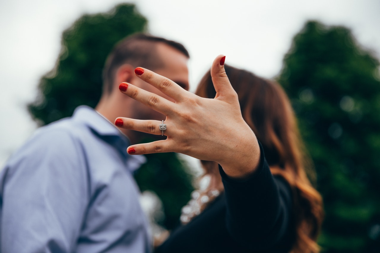 15 Killer Tips To Make Him Miss You Like Crazy After A Fight