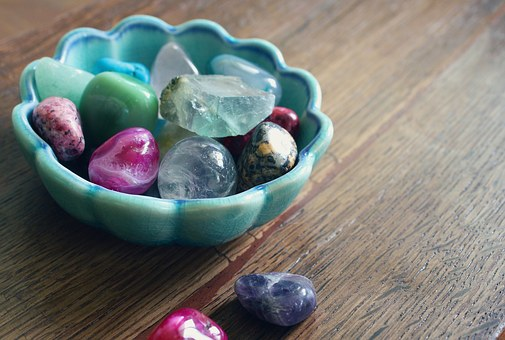 10 Spiritual Healing Crystals For Beginners