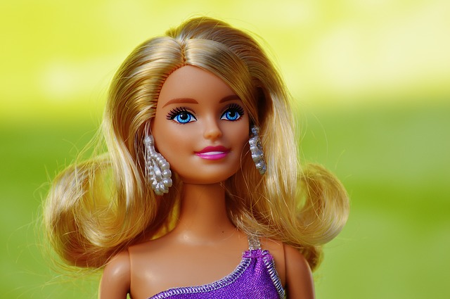 Meet the 5 Women Who Wants and Looks Like a Real Life Barbie Doll