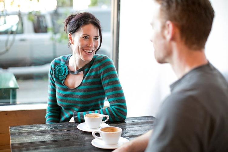 7 Ways For Younger Men To Get Laid With an Older Woman