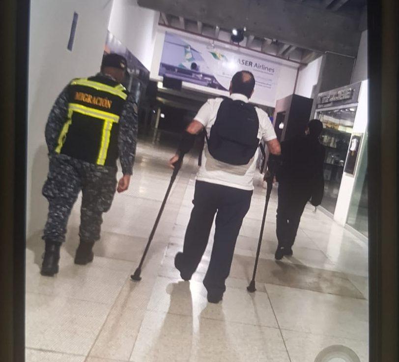 Expulsan a Alejandro Giammattei de Venezuela
