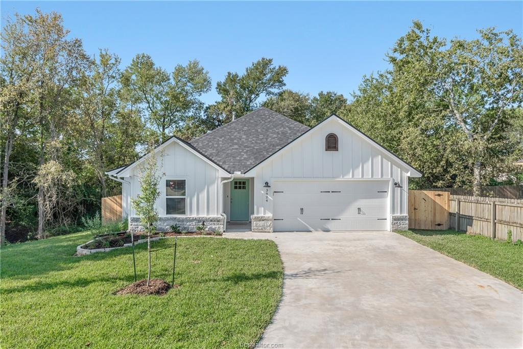 3824 Springfield Drive, College Station, TX 77845
